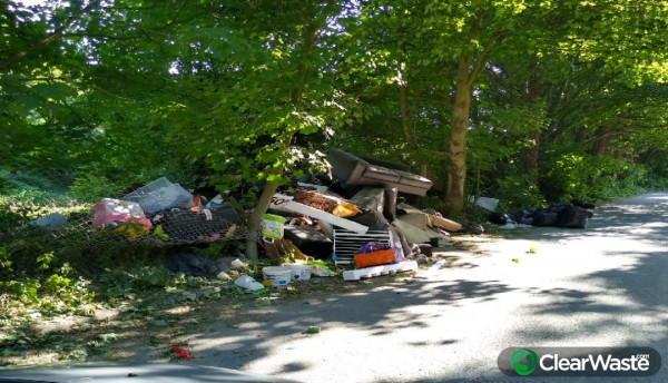 Image from: 'UK campaigners call for action to tackle surge in Covid-19 fly-tipping since lockdown'